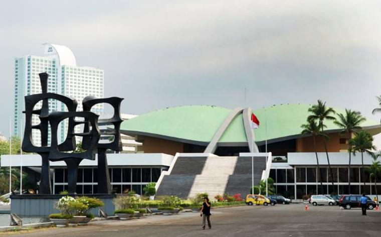 DPR Kumpulkan Paspampres dan Mabes Polri