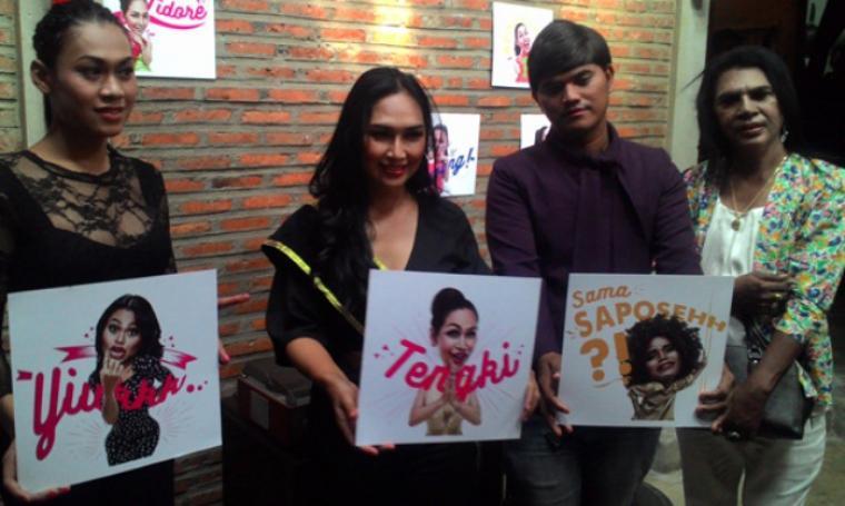 Suasana peluncuran Say Cyin Chat Sticker bersama Forum Komunikasi Waria Indonesia di Paviliun 28, Kebayoran Baru, Jakarta Selatan, Rabu (6/1/2016). (Dok/net)