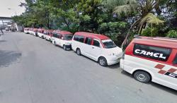Panwaslu Kecamatan Cigemblong saat melakukan pengawasan pendistribusian logistik.