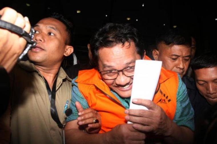 Ricky Tampinongkol Huni Rutan Serang