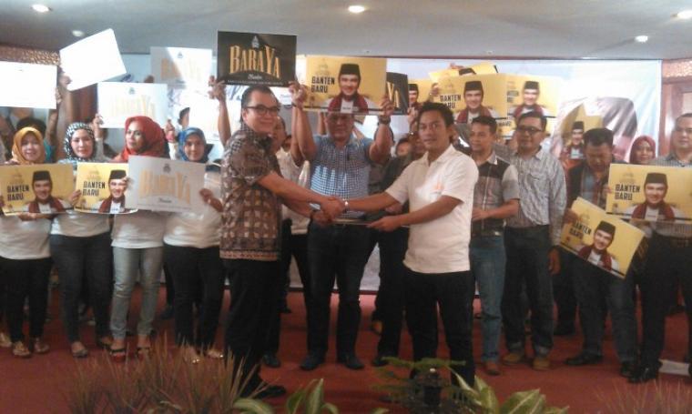 Tantowi Yahya saat resmikan Barisan Relawan Banten Tantowi Yahya (BARAYA) Jumat malam di Hotel Le Dian, Serang (13/02/2016).