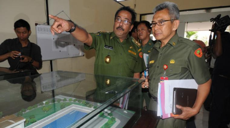 Kepala Dinas Sumber Daya Air dan Pemukiman (SDAP) Provinsi Banten Iing Suwargi