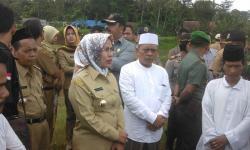 TKA Asal Negara China berkeliaran di wilayah Kecamatan Bayah, Kabupaten Lebak - Banten. (Foto: TitikNOL)