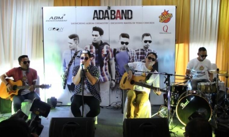 Performa Ada Band saat launching album baru. (Dok:net)
