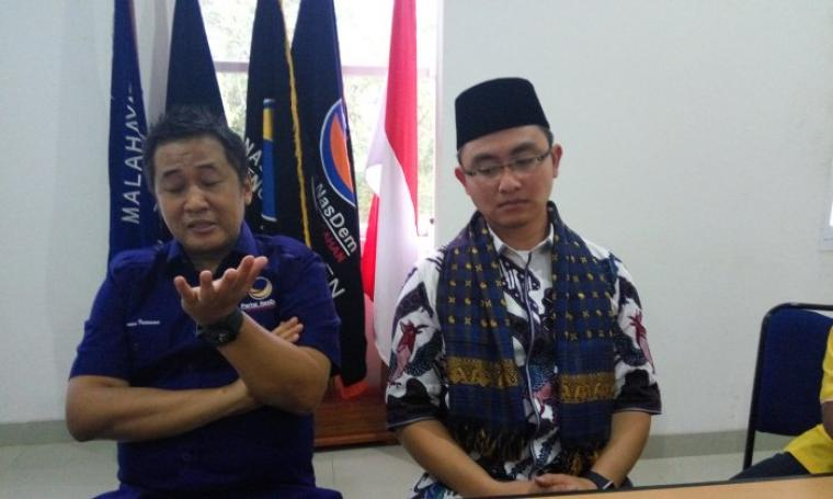 Ketua Dewan Pimpinan Wilayah (DPW) Partai NasDem, Wawan Iriawan dan Andika Hazrumy. (Foto:TitikNOL)