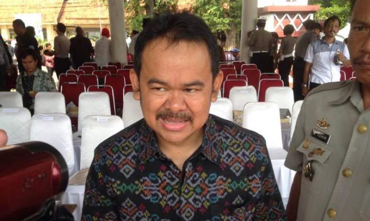 Wali Kota Serang, Tb Haerul Jaman saat dikonfirmasi wartawan. (Foto:TitikNOL)