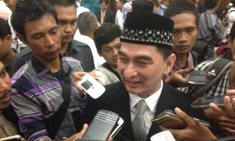 Dimyati Natakusumah saat dimintai keterangan. (Foto:TitikNOL)