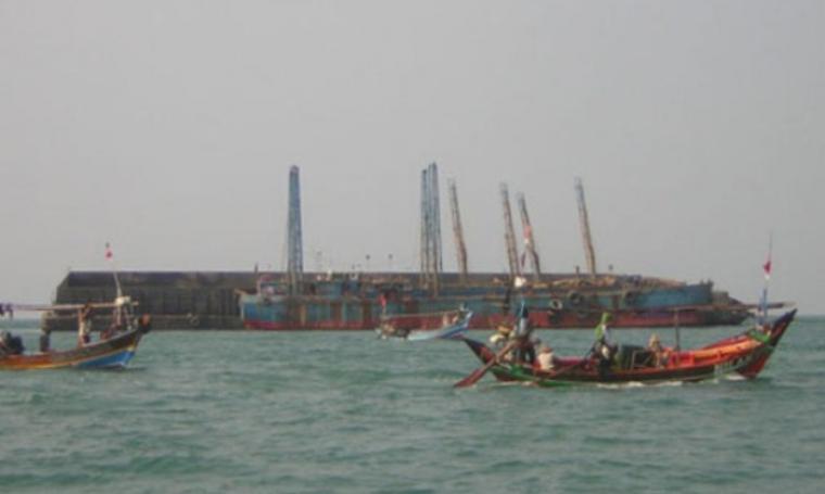 Penambangan pasir di perairan Lontar, Serang. (Dok:net)