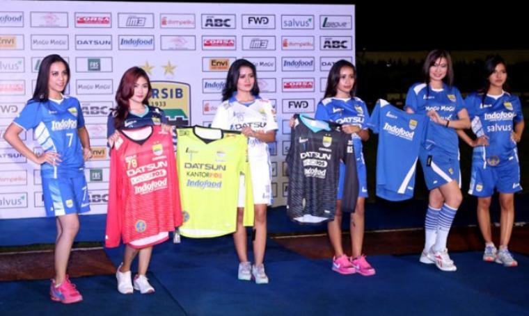 Peluncuran Jersey Anyar Persib Bandung di Stadion Siliwangi, Bandung. (Dok:net)