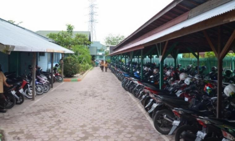 Foto ilustrasi parkiran di sekolah. (Dok:net)
