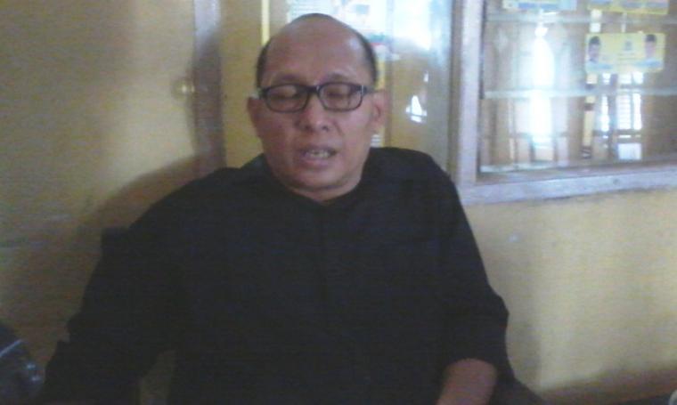 Sekretaris DPD II Golkar Kota Serang, Ikhwan Subhi saat ditemui wartawan. (Foto:TitikNOL)