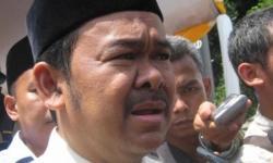 Kepala Dinas Perhubungan Kota Cilegon, Andi Affandi saat memberikan keterangan kepada wartawan. (Foto: TitikNOL)