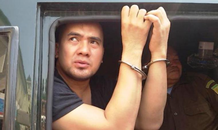 Saipul Jamil saat di mobil tahanan. (Dok: Tribunnews)
