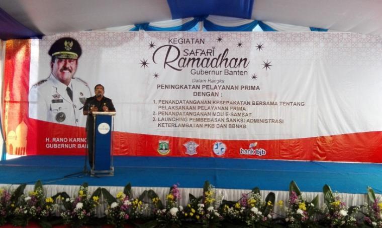 Gubernur Banten, Rano Karno saat memberikan sambutan di acara kegiatan Safari Ramadan. (Foto: TitikNOL)