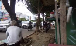 Kapolres Serang AKBP Indra Gunawan dan Komandan Kodim 0602 Letkol Inf Erwin Agung, saat berada di salah satu tempat wisata di Kabupaten Serang. (Foto: TitikNOL)