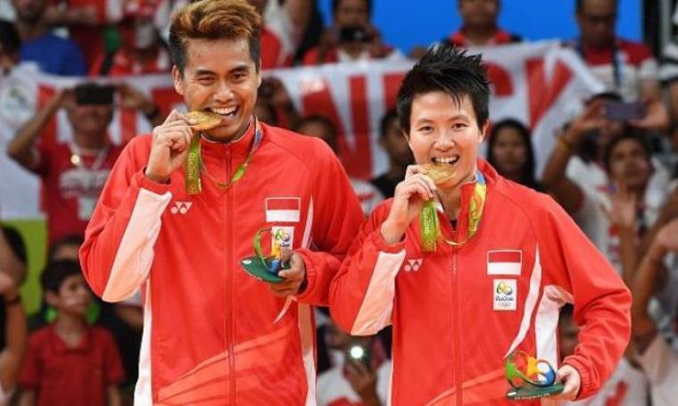 Tontowi Ahmad dan Liliyana Natsir persembahkan emas untuk hari kemerdekaan Indonesia yang ke-71. (Dok: pojoksatu)