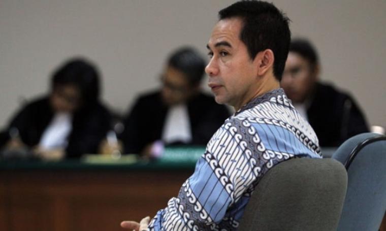Tubagus Chairi Wardana alias Wawan saat di persidangan. (Dok: beritasatu)
