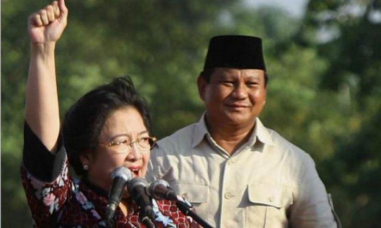 Ketua Umum PDIP Megawati Soekarnoputri dan Ketua Dewan Pembina Partai Gerindra Prabowo Subianto. (Dok: merdeka)