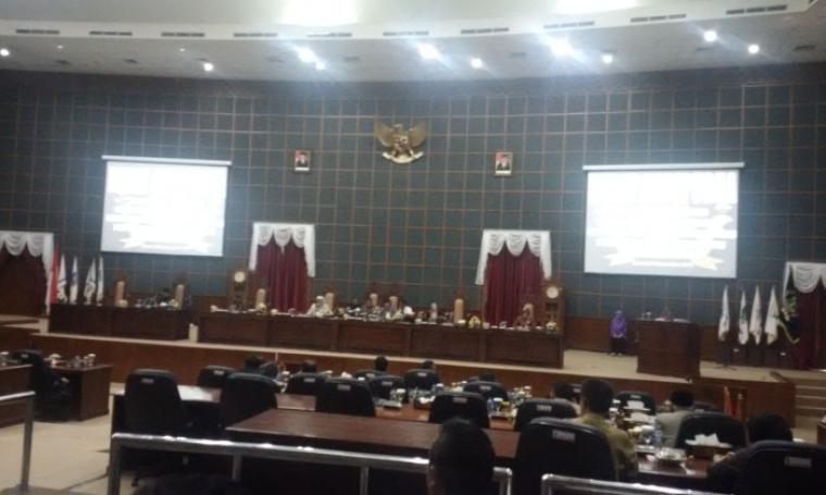 Suasana Sidang Paripurna di DPRD Banten, KP3B, Kota Serang, Jumat (30/9/2016). (Foto: TitikNOL)