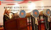 Ketua DPD I Golkar Provinsi Banten yang juga Bupati Serang, Ratu Tatu Chasanah. (Dok:poskota)