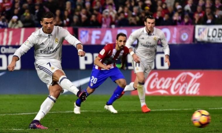 Eksekusi tendangan penalti Cristiano Ronaldo. (Dok: sidomi)