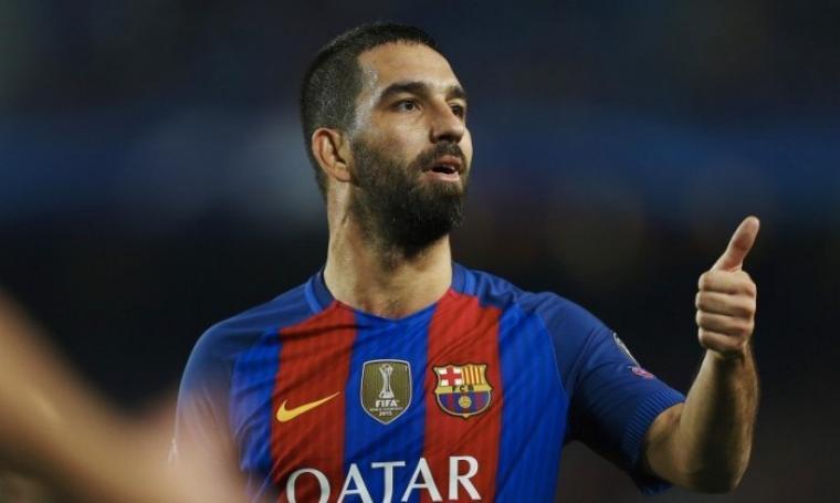 Arda Turan, pencetak gol hat-trick pada laga leg kedua putaran keempat Copa del Rey melawan Hercules yang digelar di Camp Nou. (Dok: republika)