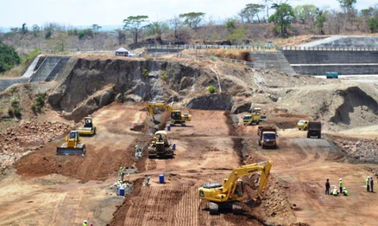 Foto ilustrasi pembangunan waduk. (Dok: metropolitan)