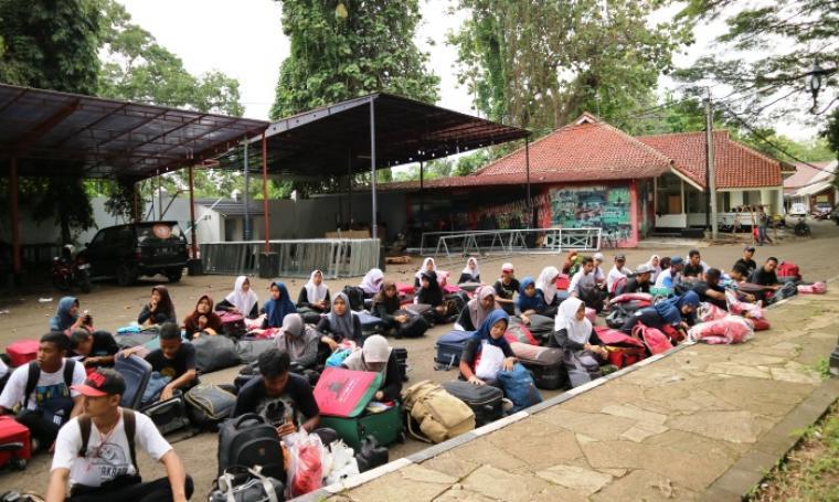 Sejumlah Atlet Gita Surosowan Banten Drum & Bugle Corps Banten. (foto: TitikNOL)