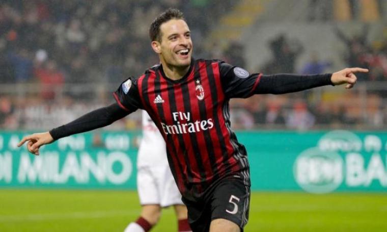 Selebrasi Giacomo Bonaventura usai cetak gol kedua bagi AC Milan. (Dok: thesun)