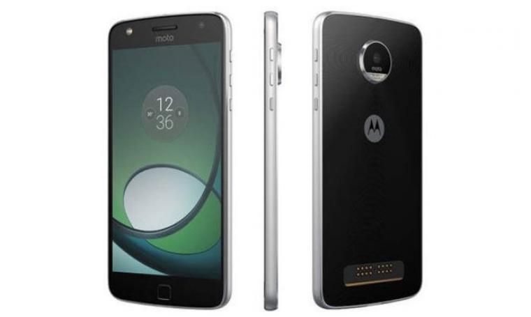 Smartphone Moto z play. (Dok: Pcadvisor)