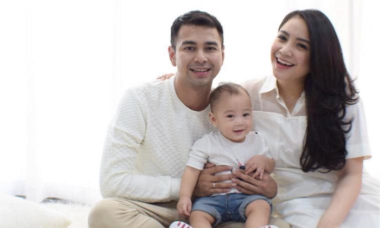 Raffi ahmad, Nagita slavina beserta anaknya Rafathar. (Dok: Newsth)