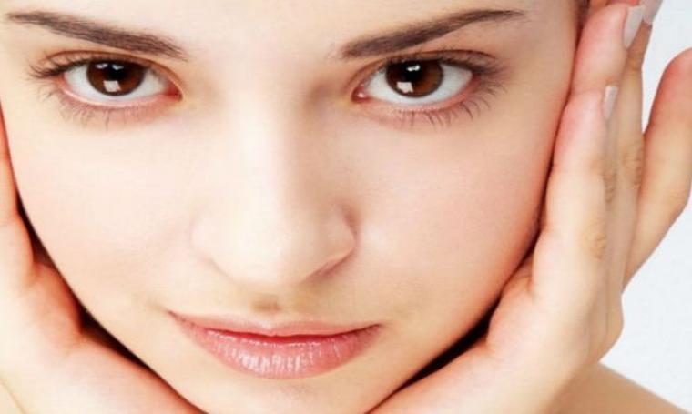 9 Cara Mudah Membuat Wajah Anda Menjadi Tirus