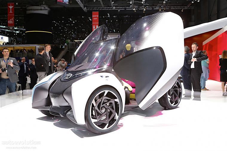 Toyota i-Tril. (Dok: autoevolution)