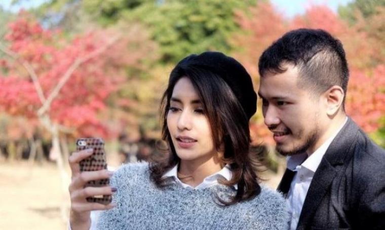 Pasangan selebritis, Tyas Mirasih dan Raiden Soedjono. (Dok: tribunnews)