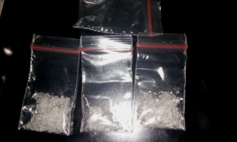 Barang bukti berupa narkoba jenis sabu yang berhasil disita dari tangan pelaku. (Foto: TitikNOL)