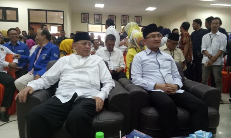 Pasangan calon nomor satu Wahidin Halim dan Andika Hazrumy Gubernur dan Wakil Gubernur Banten terpilih periode 2017-2022. (Foto: TitikNOL)