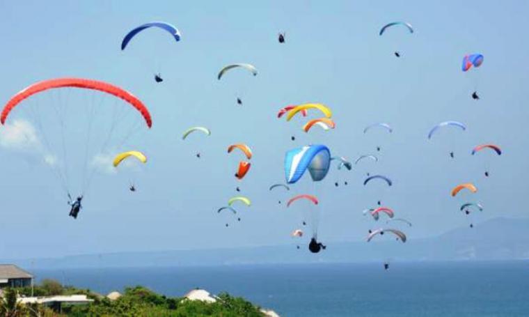 Ilustrasi Paralayang. (Dok: liputan6)