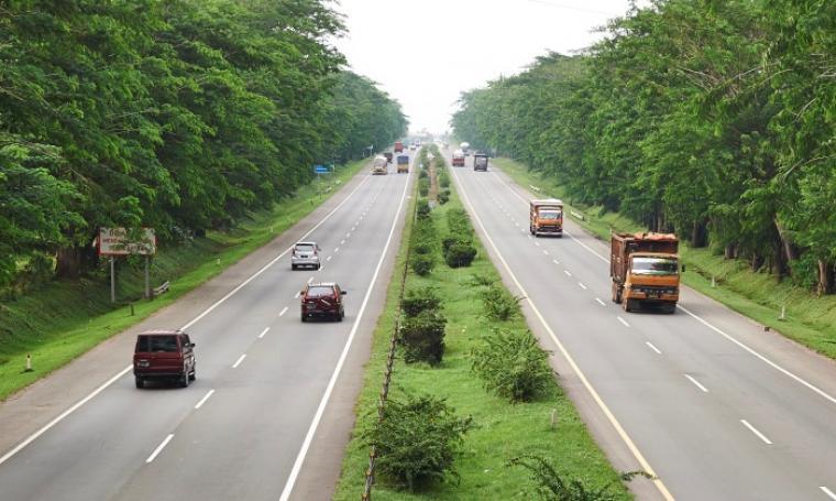 Kondisi arus Tol Tangerang – Merak. (Foto: Ist)