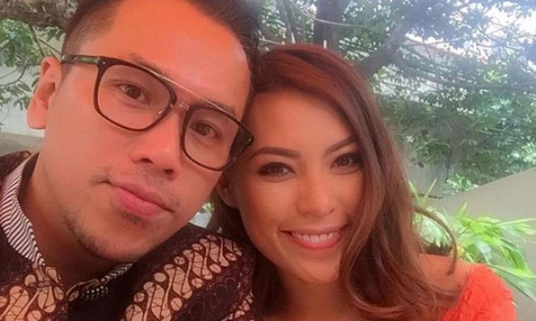 Pasangan selebriti, Sammy Simorangkir dan Viviane. (Dok: sidomi)