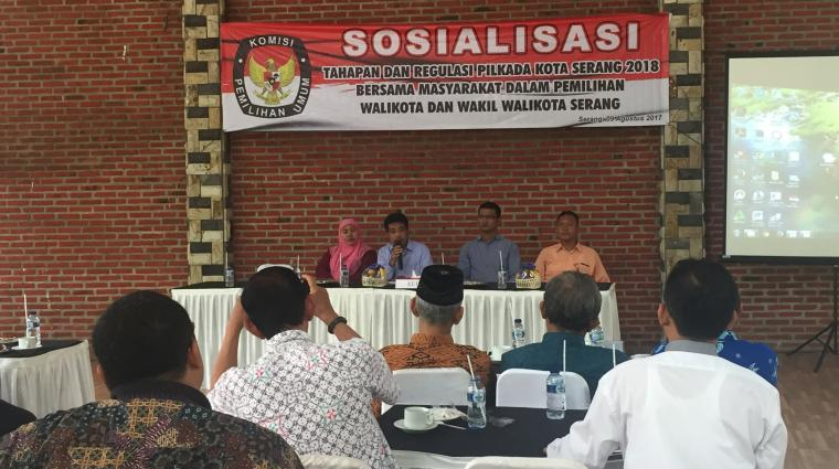 Sosialisasi KPU Kota Serang soal tahapan dan regulasi Pilkada Kota Serang 2018 bersama masyarakat dalam memilih Wali Kota dan Wakil Wali Kota Serang. (Foto: TitikNOL)