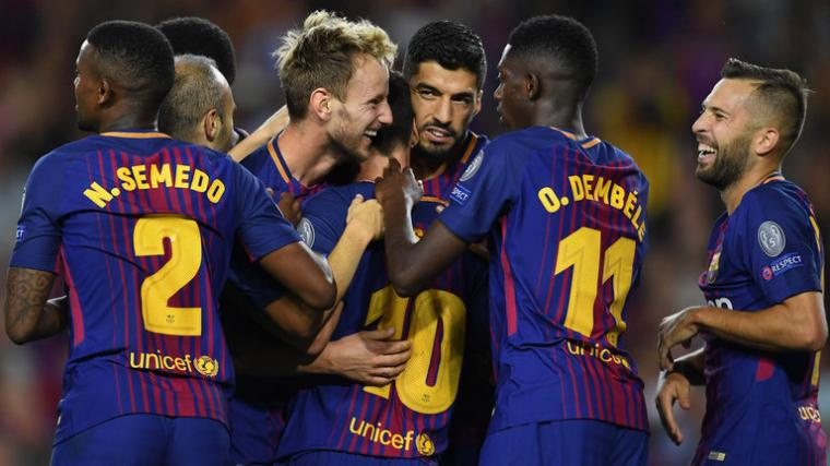 Para pemain Barcelona lakukan selebrasi setelah Lionel Messi mencetak gol ke gawang Juventus. (Dok: skysports)