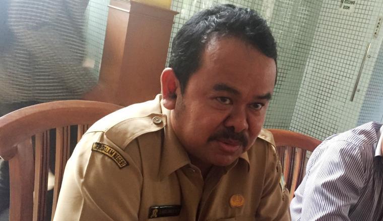 Wali Kota Serang, Tb Haerul Jaman saat memberikan keterangan kepada wartawan. (Foto: TitikNOL)