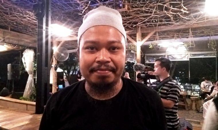 Vokalis ban Payung Teduh, Mohammad Istiqomah Djamad. (Dok: okezone)