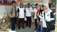Ditreskrimsus Polda Banten saat menggeledah Kantor Bapelkes Krakatau Steel. (Foto: TitikNOL)