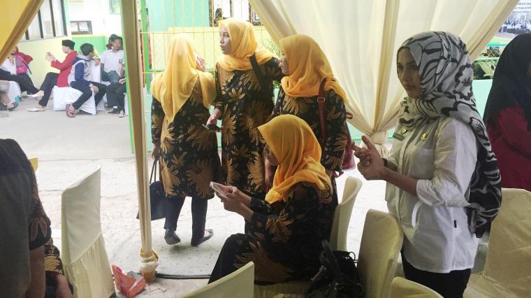 Petugas kesehatan masyarakat (Puskesmas) Curug dan Taktakan Kota Serang, menjadi korban aksi pencopetan di kegiatan deklrasi Gerakan Masyarakat (Germas) hidup sehat. (Foto: TitikNOL)