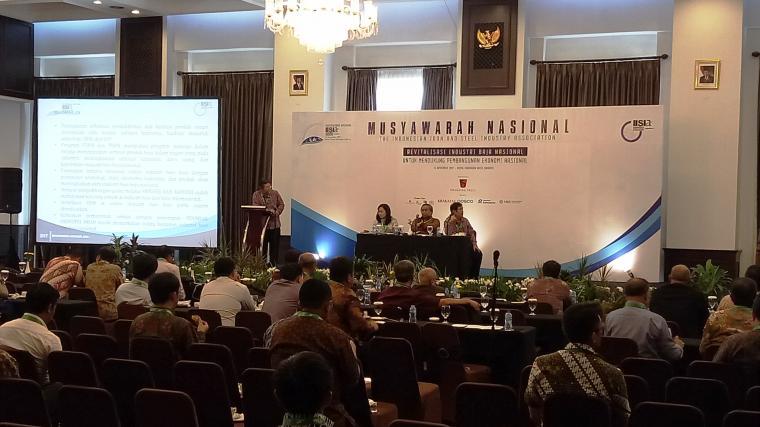 Suasana Musyawarah Nasional ke-3 IISIA di Hotel Royal Kuningan Jakarta. (Foto: Ist)