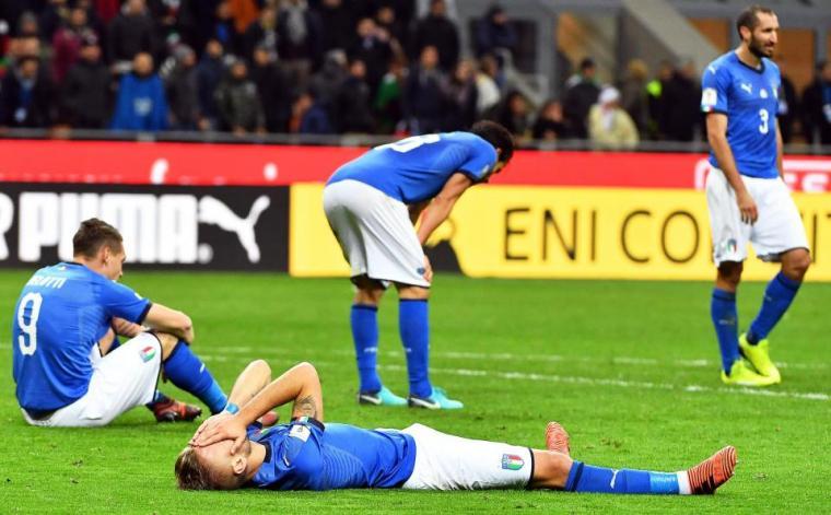 Timnas Italia mengubur mimpi untuk bermain di Piala Dunia 2018 karena kalah agregat 0-1 dari Swedia. (Dok: thesun)