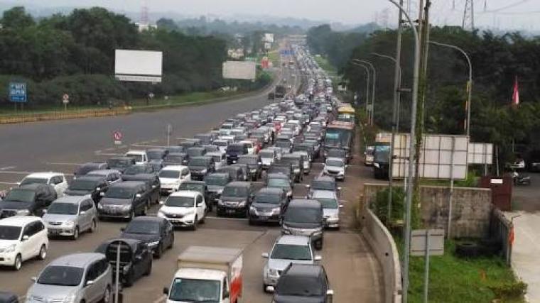 Foto ilustrasi kemacetan di tol. (Dok: net)