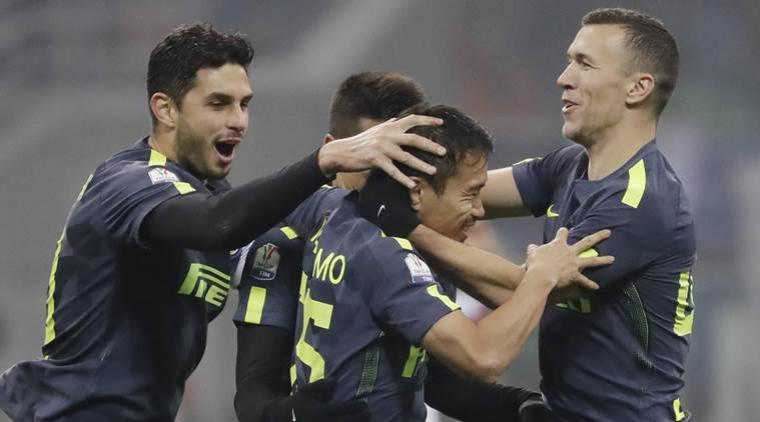 Pemain Inter Milan merayakan kemenangan setelah Yuto Nagatomo berhasil membobol gawang Pordenone lewat penalti. (Dok : indianexpress)