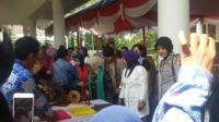 Kegiatan deklarasi di ruangan meering room Hotel Kharisma Rangkasbitung, Selasa (8/7). (Foto: TitikNOL)